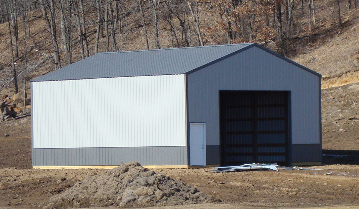 Agricultural pole building for storage built by Simmons Construction - General Contractor